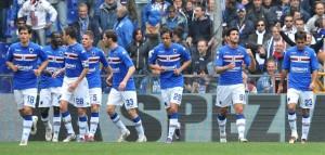 Genova, 31/03/2012 Serie B - 33.a giornata / Sampdoria-Nocerina Gol Sampdoria (2-0): Graziano Pellé esulta con i compagni